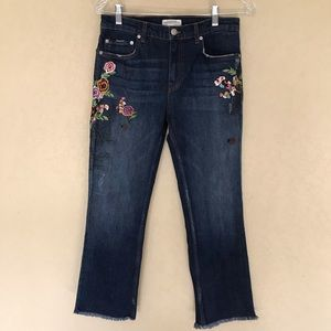 Zara Woman Jeans Raw Hem Floral Embroidered Size 6